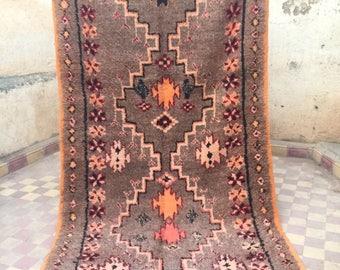 Vintage moroccan carpet, taznakht carpet, berber carpet, vintage moroccan rug,230x130cm, tribal style, moroccan decor, wool carpet,