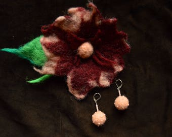 Brown and red & cream, hand felted wool brooch and earring set. Merino wool. Perfect Christmas gift, coat Accessory