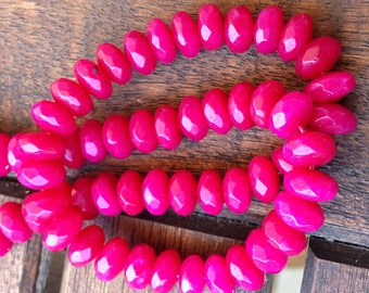 Set of 15 natural fuchsia 8x5mm jade beads