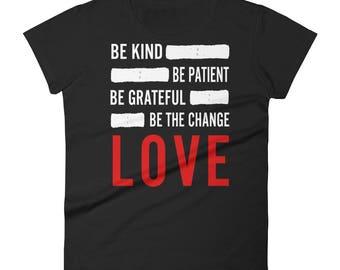 LOVE -Women's short sleeve t-shirt