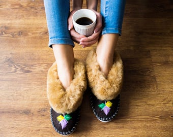 Sheepskin slippers Sheepskin moccasins Sheep fur wool slippers leather sheep slippers Women slippers warm moccasin valenki russian  boho