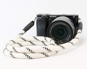 Hand-made camera strap for DSLR black and white-Camerstrap black white-shoulder strap-strap-camera strap-camera rope