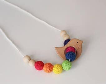 Simple Rainbow Nursing Necklace / Crochet Teething Necklace, Mama Jewelry Handmade Wood Organic Cotton- Mommamia