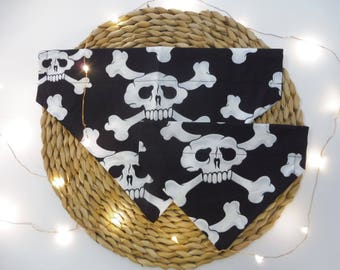 Black & White Skull Dog Bandana