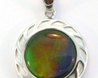 Round Shape Ammolite Pendant set in Sterling Silver