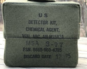 Vietnam Era US Detector Kit Chemical Agent  AN-M15A2A