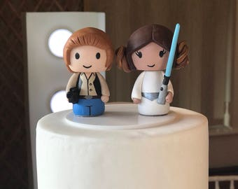 Han Solo and Princess Leia wedding cake topper