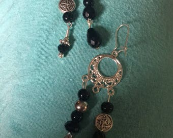 Black onyx dangling earrings
