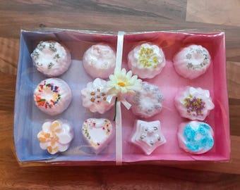 GiftSet of 12 bath bombs