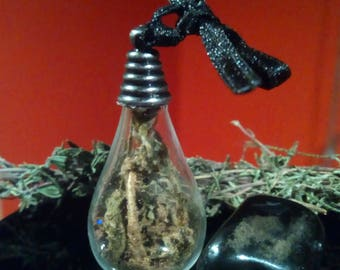 Amulet for Protection with Mugworth, Acorn Powder& Star Anise, pagan wiccan charm against evil eye