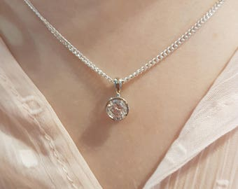 Classic Rubover Round Brilliant Cut Single Stone Pendant With Chain - White/Rose/Yellow Gold