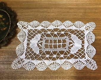 Vintage Hand Crochet Cotton Doily / Lace Doily
