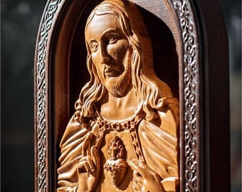Sacred Heart of Jesus wood carved Christian icon. Jesus icon. Handmade. Religious icon. Christian gifts for women and men. Christian Symbols