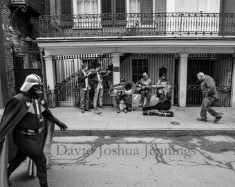 Buskers on St. Peter Street - New Orleans 2018 - French Quarter - Street Photography - Black and White - Star Wars - Buskers - Darth Vader