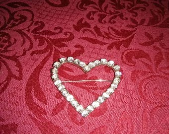 Vintage heart shaped brooch