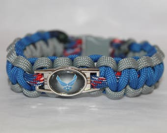 Paracord Bracelet with USAF standard colors and emblem