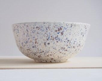 White ceramic bowl, handmade ceramic bowl, ceramic dish, handmade pottery, for kitchen, for preparing dishes, for salad, home decor
