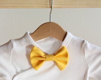 yellow baby bow tie, clip-on baby bow tie, elegant bow tie, simple bow tie, stylish bow tie, wedding bow tie, groom bow tie, photoshoot prop