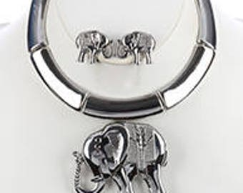 Elephant Pendent Choker Necklace & Earring Set