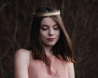 Crown Eleanor