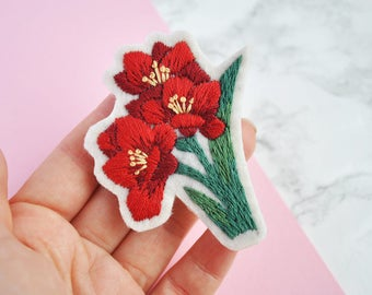 Hand embroidery flower brooch Embroidery jewelry Flower brooch Brooch gift Red brooch Red flower brooch Hand stitched brooch