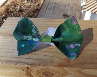 Small Dog Cat Bow Tie Accessory - Green Tye-Dye Tie Dye Pattern