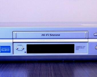 Sony VCR SLV-N750 VHS Player 4 Head Hi-Fi Stereo Video Cassette Recorder
