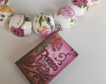 Romeo and Juliet Book Charm Beaded Bracelet
