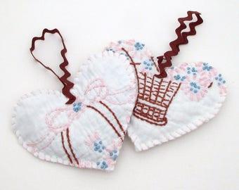 Heart Sachet Set - Vintage Quilt Lavender Sachet - Hanging Sachets - dried lavender buds - shabby sachet - embroidered - primitive rustic