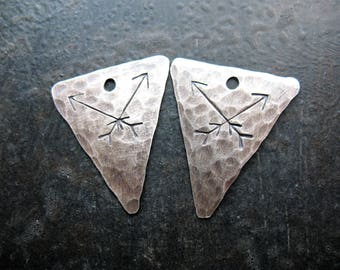 Crossed Arrows - Stamped, Hammered, Antiqued Sterling Silver Triangle Charms - 1 pair - 20mm