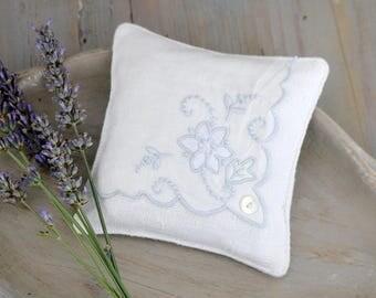 Lavender Drawer Sachet, Vintage Blue and White Hankie Sachet, Cottage Home Decor