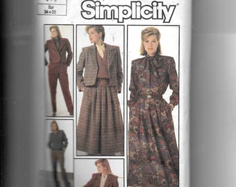 Simplicity Misses Pants, Skirt,  Lined Jacket and Blouse With Detachable Tie Pattern 7034