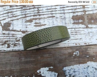 50% OFF- Custom Leather Cuff-Create Your Own-Simple Alligator Green Leather-Word Cuff