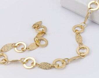 Bright Gold Alternating Round and Textured Diamond Chain #CC110
