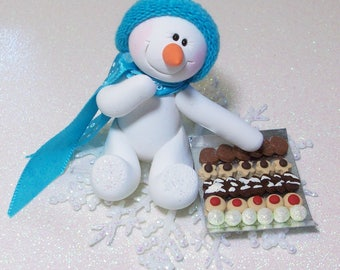 Cookie Exchange: Snowman ornament with snowflake base