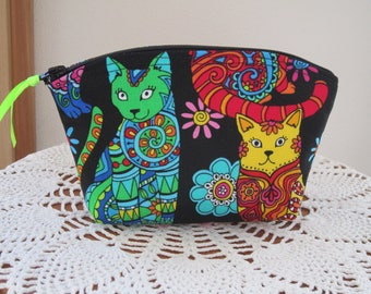 Cosmetic Bag Clutch Purse Essential Oil Case Groovy Colorful Cats