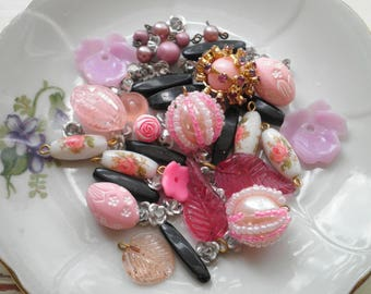 Vintage Bead Lot - Pink Purple Black & White Mixed 40+ Retro Mid Century Flower / Shape Beads - Beading Crafting Supply Floral Bead Destash