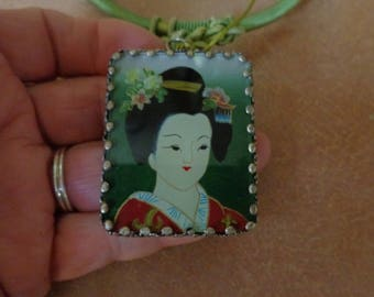 Japanese Vintage Necklace Beautiful piece Can be worn for dress up or with Jeans~ I bet this is one of a kind.