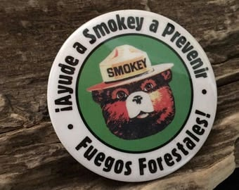 Vintage Spanish Smokey Bear Spanish Help Smokey Prevent Forest Fires Vintage Button