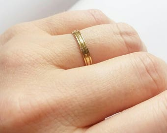 14K Yellow Gold Minimalist stacking Wedding band. 14K wedding ring. Men's wedding ring. Women's wedding ring.
