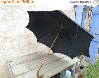 ON SALE Vintage Antique1890/1900 Victorian French black silk and wood handle big size umbrella parasol