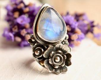 Silver Saddle Ring, Botanical Ring, Rainbow Moonstone Ring, Flower Ring in Detailed Setting, Handmade Artisan Ring, Made to Order