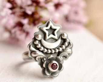 Stargazer Ring, Red Garnet Ring, Silver Ring, Silver Moon Ring, Unique Handmade, Red Gemstone Ring, Botanical Silver Ring