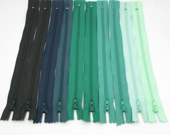 10 Zippers - 9 inch - Shades of Green - destash - Zipper Lot - nylon