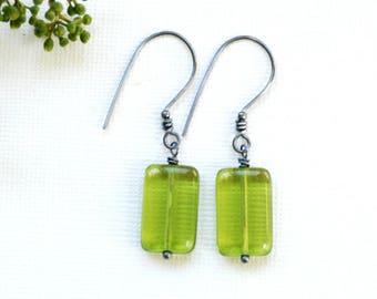 Grass Green Earrings, Green Glass Earrings, Green Earrings, Summer Earrings, Secret Garden, Garden Wedding Wedding, Oxidized Sterling Silver