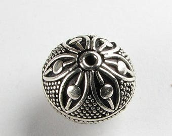 SALE 60% OFF Large Dotted Flower Round Bali Sterling Silver Focal Bead  with 14mm x 15mm (1 bead)