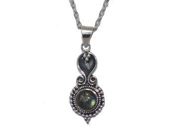 Sterling Silver Labradorite Gemstone Pendant, Labradorite Pendant, Sterling Silver Gemstone Pendant, Labradorite Necklace, Green Pendant N1