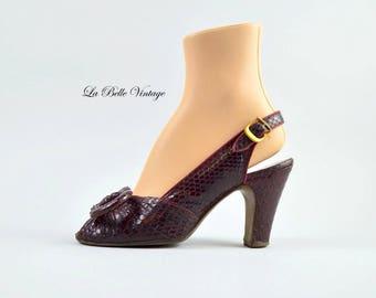 40s Burgundy Snakeskin Shoes US 7 UK 5 Vintage Pretzel Bow Peep Toe High Heels