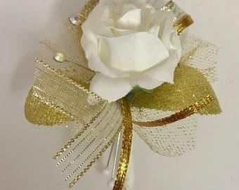Golden White Boutonnière
