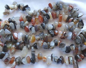 """8"""" Strand Natural Red Black & White Agate Nuggets Top Drilled 11-25mm Long A124"""